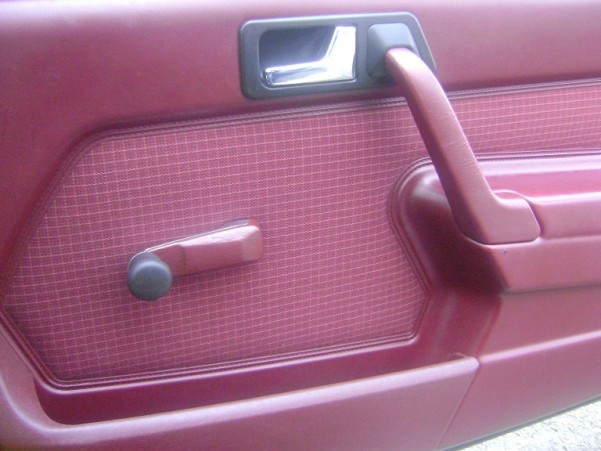 T e koop interieur 190 for Interieur mercedes 190d